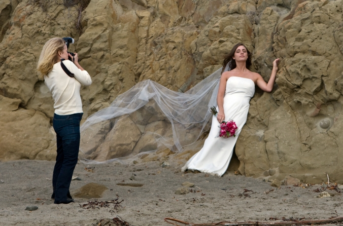 Wedding_photographer_preparing_shot.jpg